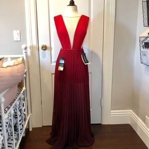 bebe Ombre Pleated Cutout Sleeveless Gown